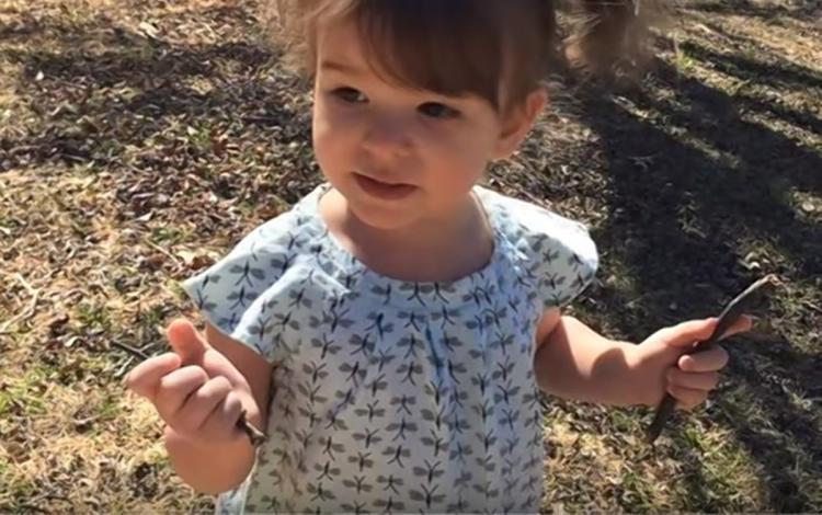 Hiperbár oxigénterápia segítségével kezelték a vízbe esett kislányt!